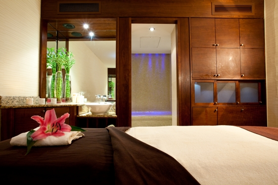 1-spa-treatment-room-the-club-hotel-spal